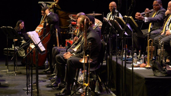 JLCO with Wynton Marsalis performing in Eugene, OR