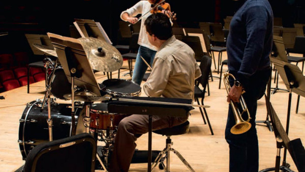 Nicola Benedetti performs the solo cadenza from Wynton Marsalis