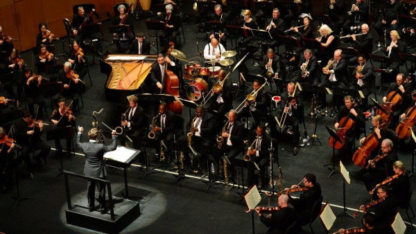 JLCO with Wynton Marsalis and The Phoenix Symphony
