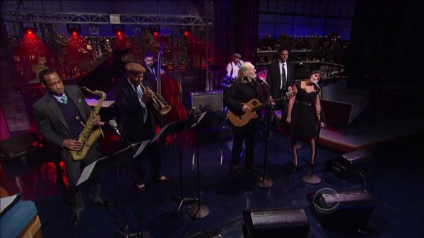 Hallelujah I Love Her So - Willie Nelson, Wynton Marsalis, Norah Jones on Late Show