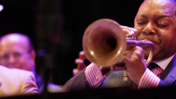 St. James Infirmary - Wynton Marsalis with Vince Giordano live at Dizzy's Club (2012)