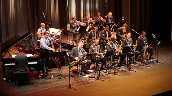 Braggin' In Brass - JLCO with Wynton Marsalis live in Havana, Cuba