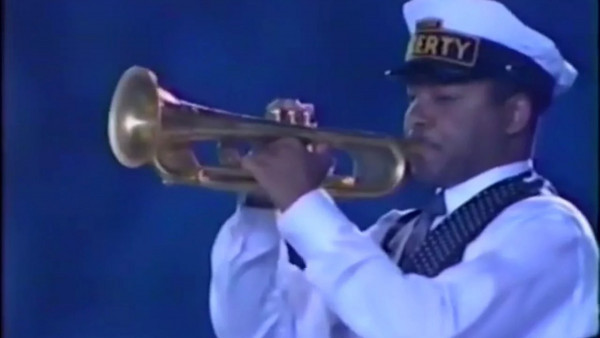 Wynton performing at 1996 Olympic Games Closing Ceremony