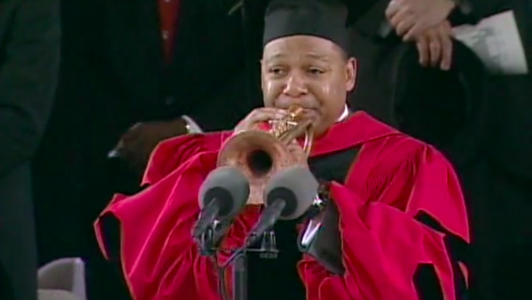 Harvard University 2009: Wynton Marsalis receives honorary Doctor of Music degree