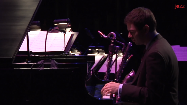 Santa Claus Is Coming To Town - Jazz at Lincoln Center Orchestra with Wynton Marsalis (2012)