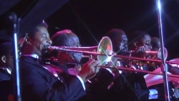 Flee as a Bird to the Mountain/Oh, didn't He Ramble - Wynton Marsalis at Newport Jazz Festival 1990