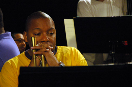 Wnton Marsalis rehearsing with the septet for Marciac 2008